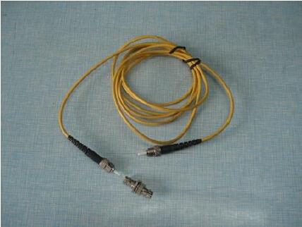 led显示屏尾纤