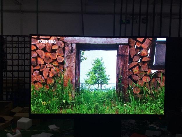 三鑫维科技重磅推出110寸超高清led电视机